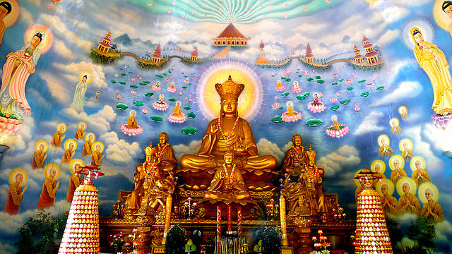 640px-Ksitigarbha_Statue_Mural_Vietnam