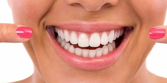 uan77lm4-Learn-how-dental-implants-can-change-your-life_1